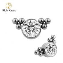 Right Grand ASTM F136 Titanium Body Jewelry Bezel Set Zircon Labret Ring Top