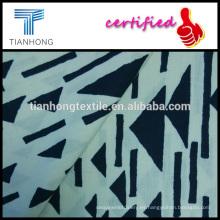 geométricas en crema 100 algodón suave tocando popelina tejido luz del fondo negro peso impresa tela para camisa de vestir