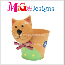 Adorable Cat Design Metal Planter Pot