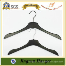 2016 Newest design plastic black hanger cost hanger