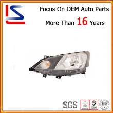 Auto Spare Parts - Head Lamp for Nissan Nv200 2010-