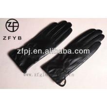 ZF2333 Luva superior de pele de carneiro bordado preto para senhoras