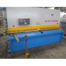 Máquina de corte hidráulica da placa de aço do metal do feixe do balanço de QC12y 12X2500