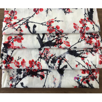 Plum Blossom Pattern 100% Rayon Printed Fabric