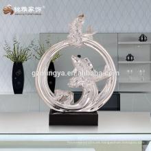 Estilo de la moda europea interior estatuas decorativas ornamento de resina de pescado afortunado nuevo diseño decoración del hogar