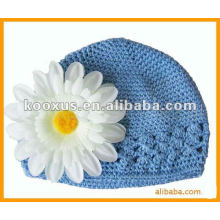 Crochet kids hat with daisy flower