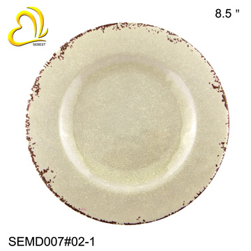 the rust design table use 8.5 inch round melamine plate