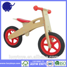 Moda madeira crianças equilíbrio motos