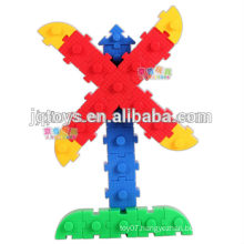 JQ-1003 Preschool Kids Plastic Cube Assembling Desktop connecting Blocks