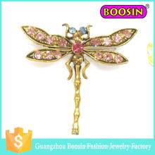 Broche de libélula de cristal de metal dorado al por mayor personalizado para hombres