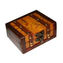 Étui en bois classique en tatouage en carton portatif