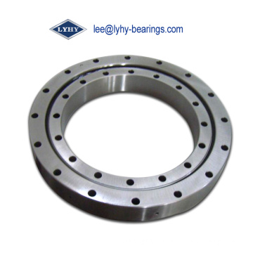 Cross Roller Slewing Ring Bearing with Cylindrical Roller Raceway (RKS. 122295101002)