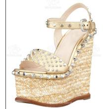 Moda Feminina Vestido Sapatos Cunha Senhoras Sandálias (Hs13-111)