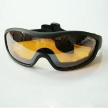Óculos de sol esporte bom