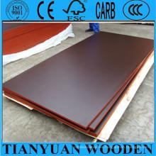 Contrachapado de encofrado de hormigón con marrón oscuro, marrón, película de color negro