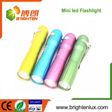 Factory Bulk Sale Aluminium Cheap 1 * aa Dry Battery Operated kids led Mini lampe de poche avec clip