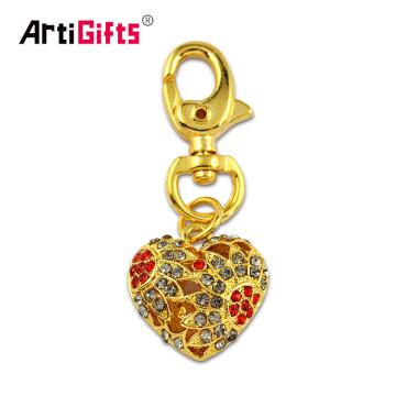 Llavero colgante del corazón del oro 3D del metal de encargo de la promoción al por mayor con el diamante artificial