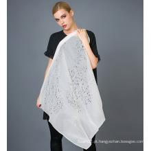 Lenço de corte de seda com laser