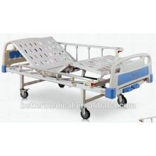 Lit d'hôpital manuel avec fonctions de basculement du dossier et des repose-pieds
