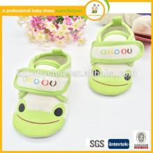 Zapatos de las niñas de venta directa Práctica de animales poco profundos Hook & Loop Tpr 2015 patrón de conejo caliente Todder zapatos de bebé
