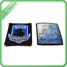 Etiqueta tejida prenda de encargo de alta calidad de la tela de la fábrica