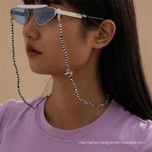 European and American Beach Black and White Rice Beads Ins Beaded Flowers Hanging Neck Rope Reading Glasses Sunglasses Chain Glasses Chain for Women