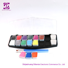 Gladde dekking met Bright Colors Face Paint Kit