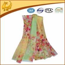 Fabrication chinoise de matériel de laine en gros Printed Woven Lady Accessoires de mode Châle en laine