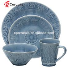 Ensemble de dîner en porcelaine élégante et élégante