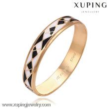 51265-Brazaletes de diseño simple de Xuping Brazaletes de oro baratos de joyería al por mayor con buena cantidad
