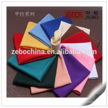 Tissu simple Coloré Personnalisé Taille disponible Serviettes de table en tissu de polyester