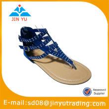 Sandales plates d'été à la mode 2014