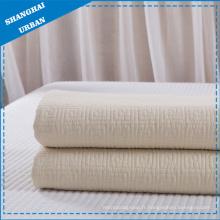 Couvre-lit en coton blanc (couverture)