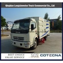 Dongfeng 2 Toneladas 4X2 barredora de camiones de barrido pequeño