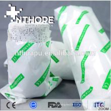 Bandage médical en plâtre utilisé pour la fracture