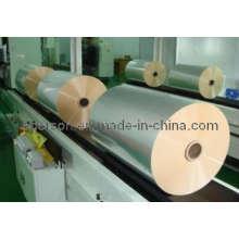 Рулон из пластиковой упаковочной пленки с уменьшающейся способностью