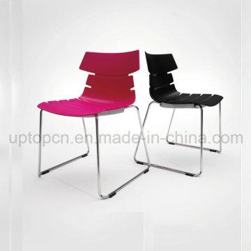 Cadeira de plástico customizável colorida colorida com pé de trenó de aço cromado (SP-UC493)