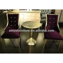 Chaise élégante à l'arrière avec table de thé ronde XY4900