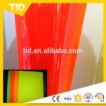 Película fluorescente vendedora caliente del color del rollo del pvc para el material de la etiqueta engomada del vinilo del coche con precio bajo