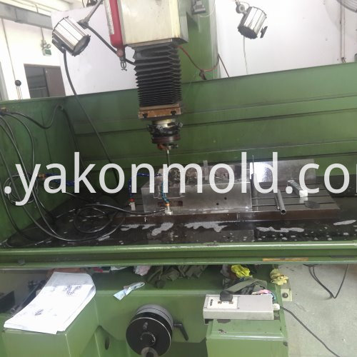 Auto Spares Injection Molding