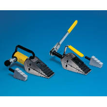 Hydraulic and Mechanical Wedge Spreaders