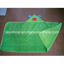 Аппликация вышитым логотипом полотенце