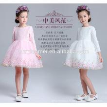 Long seelve blanc et rose couleur hiver dentelle fille porter tous les jours robe en gros