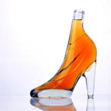 Garrafas de vidro coloridas de salto alto em forma de
