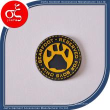Remiendo de goma grabado en relieve del logotipo de la marca para la etiqueta de la ropa
