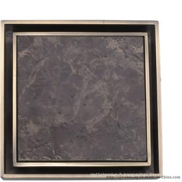 Drain de plancher de salle de bains de forme carrée