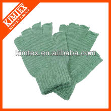2015 Unisex wholesale acrylic custom knitted half finger gloves