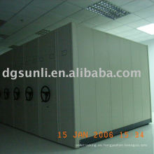 Sistema de estantería / armario móvil para biblioteca / archivo / compactador