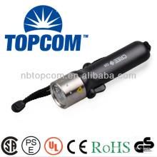 A prueba de choques IP68 cree llevó linterna de buceo submarina de control magnético TP-50B