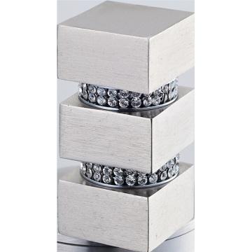 Quadratische Metall Vorhang Turmknopf mit Kristall
